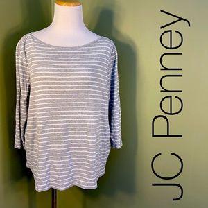 1X JC Penney long sleeved shirt